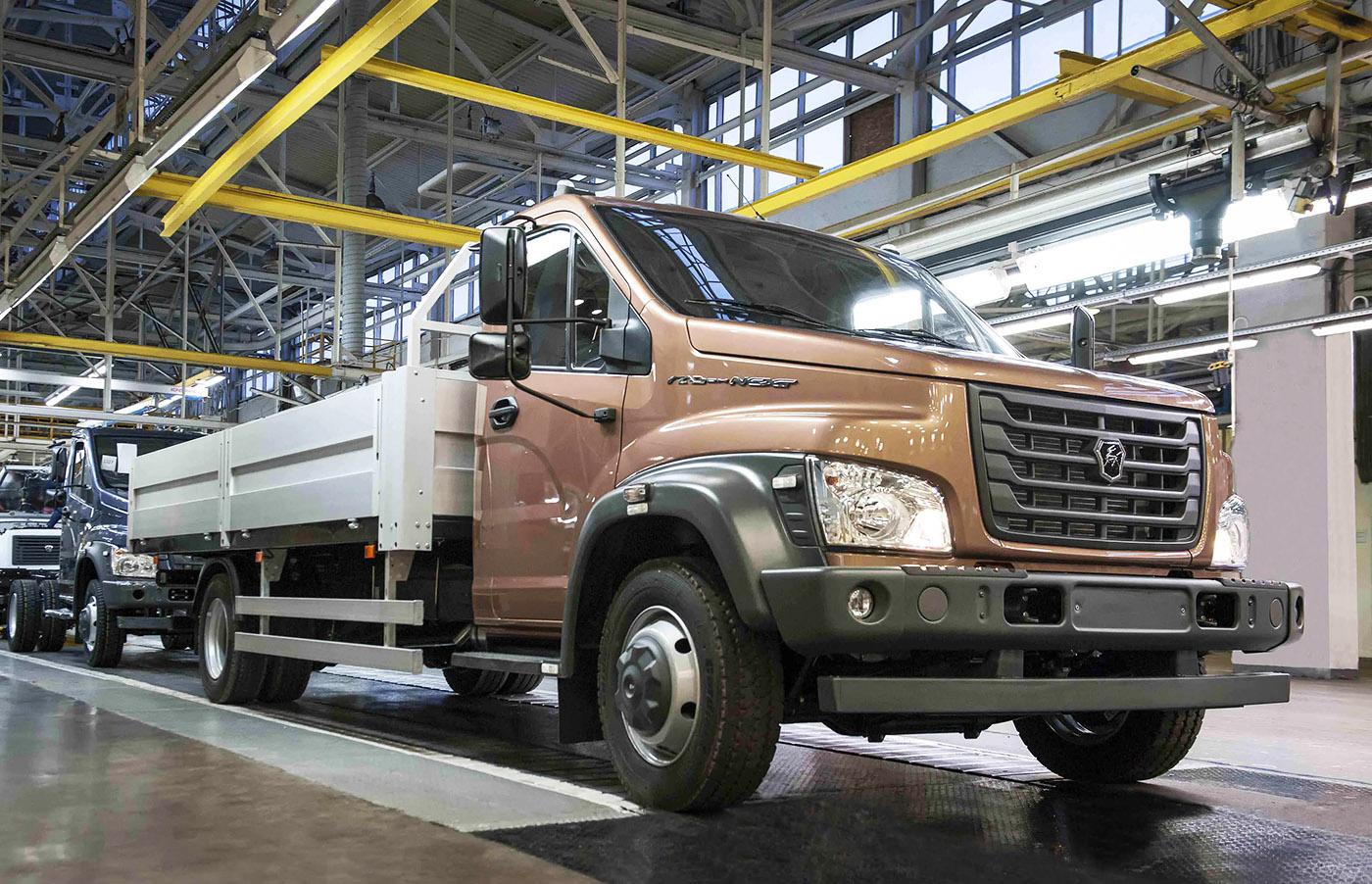 Горьковский автозавод «Группы ГАЗ» приступил к производству двух новых  моделей коммерческих автомобилей  среднетоннажного грузовика «ГАЗон NEXT»  полной ... ebeb19583db